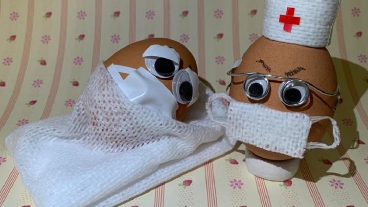 Яйца в медицинских масках: онлайн-трансляция пасхальных натюрмортов от читателей E1.RU