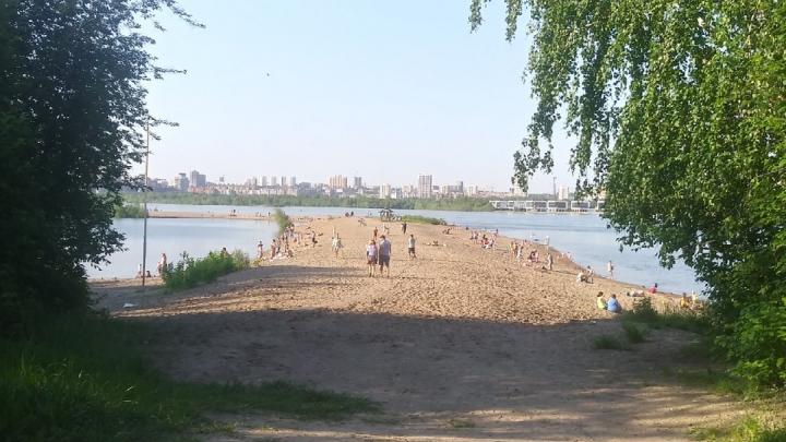 «Отдыхал на пляже с матерью»: около Бугринского моста утонул 11-летний мальчик