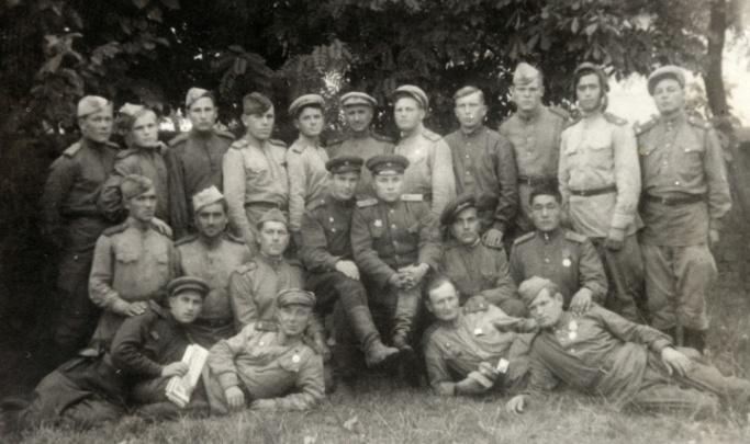Расчищал минные поля для танков: история солдата, который внес вклад в общую победу над Германией