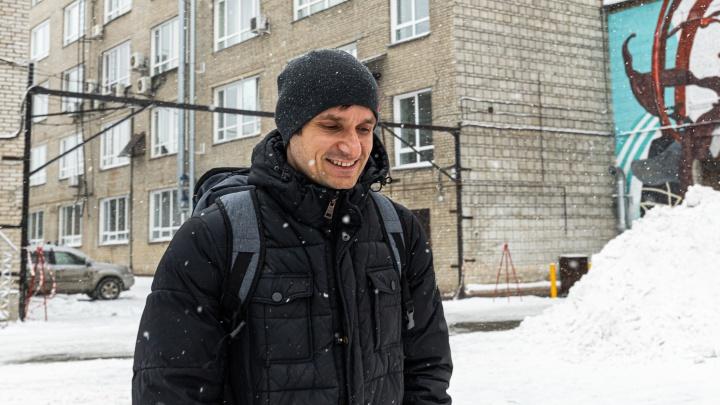 «Было ощущение, что нужно что-то сделать». История глухого программиста, который получил 10 млн от Путина