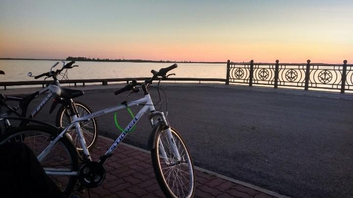 «Замечанием можно нарваться на грубость»: почему Архангельск не для велосипедистов, но быть ими приятно