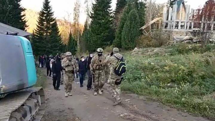 Силовики задержали основателя религиозной общины Город Солнца