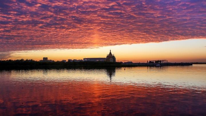 Волга, набережная, потрясающий закат: 15 снимков уходящего мая в Нижнем Новгороде