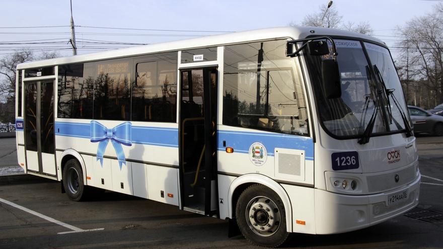 В нерабочую неделю в Омске сократят количество автобусов
