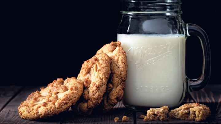 Эксперты объяснили, чем может быть опасно деревенское молоко