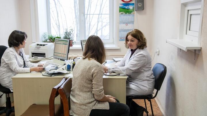 Минздрав Кузбасса рассказал про работу больниц и скорой в новогодние праздники