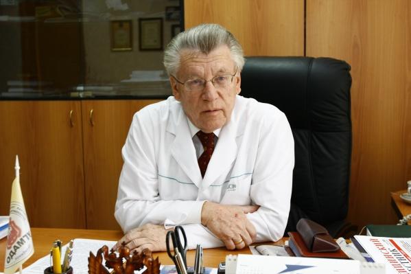 Николай Иванович всю свою жизнь посвятил медицине и пациентам