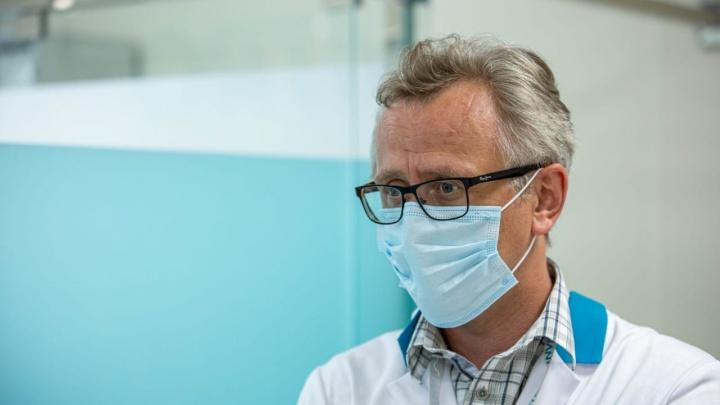 Как долго держатся антитела от коронавируса? И какие проблемы остаются? Врач отвечает на ваши вопросы