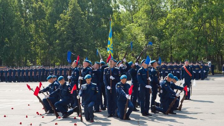 Родители курсантов ЧВВАКУШа сообщили о новых случаях коронавируса в военном вузе