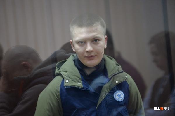 Жена Игоря Новоселова утверждает, что его избили и он нуждается в медицинской помощи