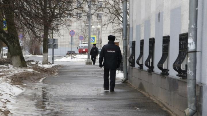 Во время майских праздников в Архангельской области вдвое увеличат количество полиции на улицах