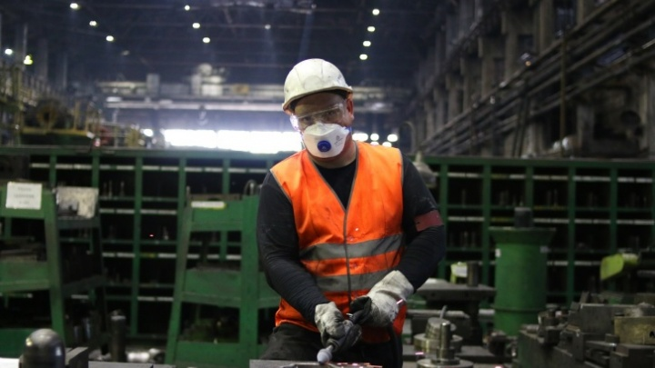 Крупное челябинское предприятие пригласило на работу молодых специалистов через обучение