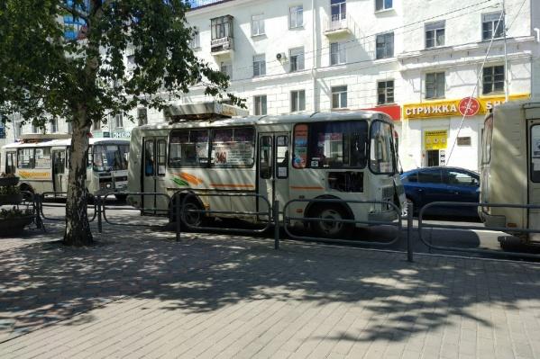 До «Голубых озёр» с 7 июля курсируют три автобусных рейса