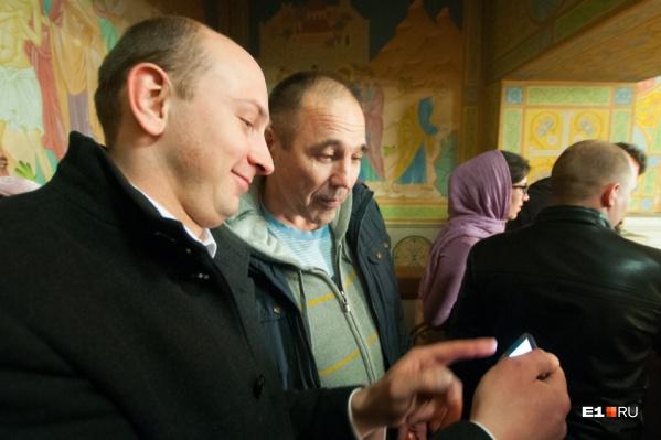 По мнению Соколова, то, что происходит в монастыре, «устроили левые силовые структуры»