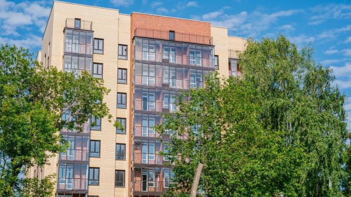 Этим летом все изменится: на Макаренко достраивают первый клубный в Калининском районе дом