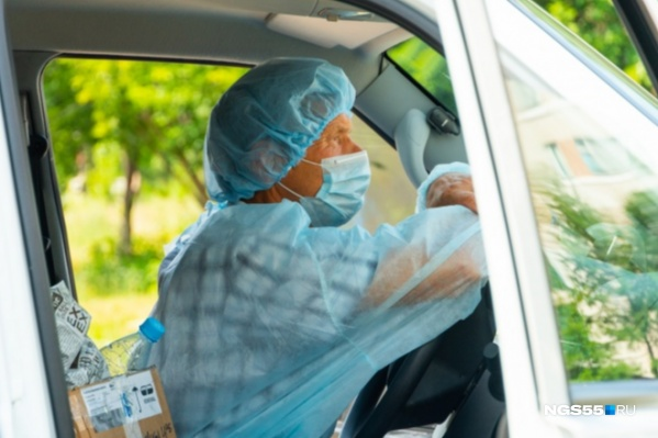 За минувшие сутки в Омской области ещё 44 человека заразились коронавирусом