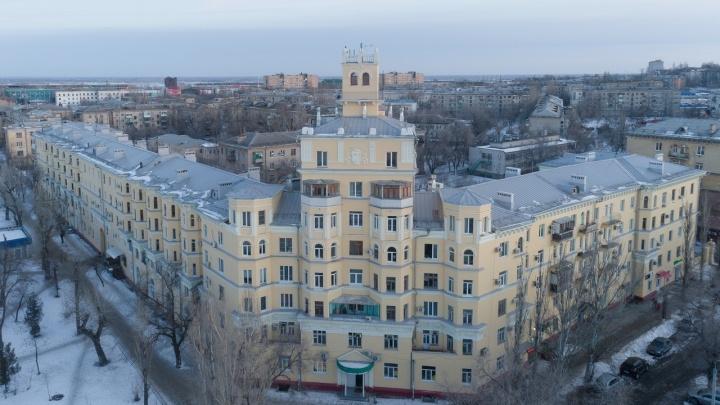 Волгоградка ради денег завела шведскую семью с тремя узбеками
