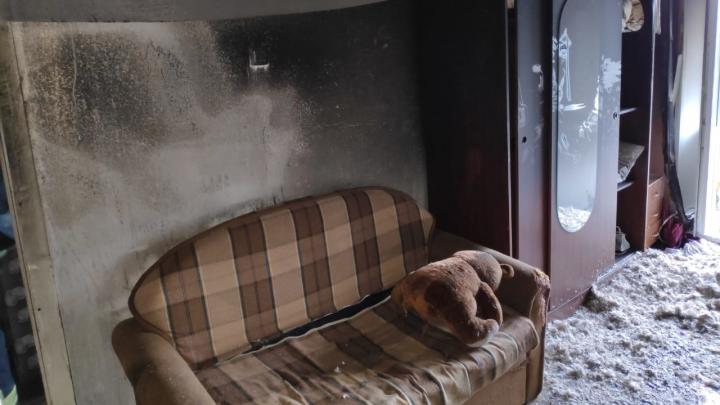 Спасатели Архангельска потушили пожар, начавшийся из-за электронной сигареты