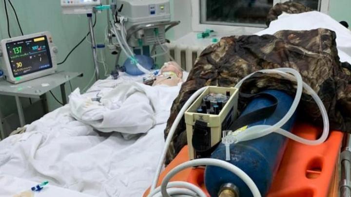 Врачи трех больниц спасали жизнь пятимесячному малышу, который упал с дивана и впал в кому