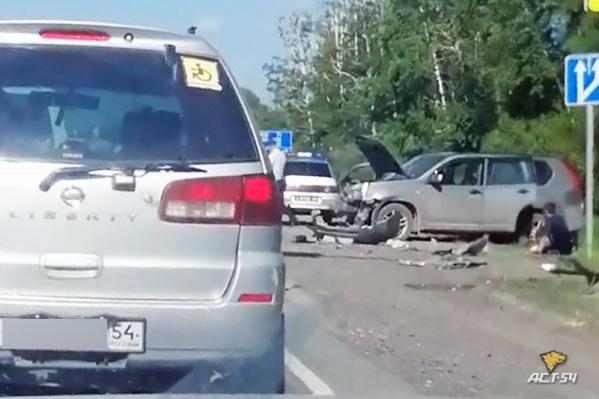 Nissan X-Trail врезался в Chevrolet