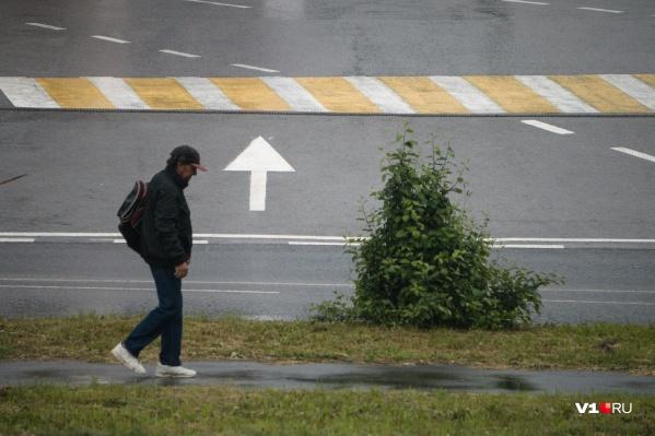 Фотограф прогулялся по городу после долгой разлуки с ним