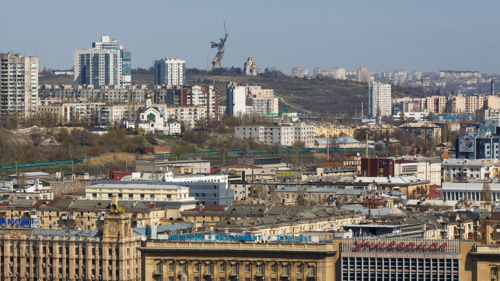 Волгоград признали наиболее уязвимым к COVID-кризису городом России