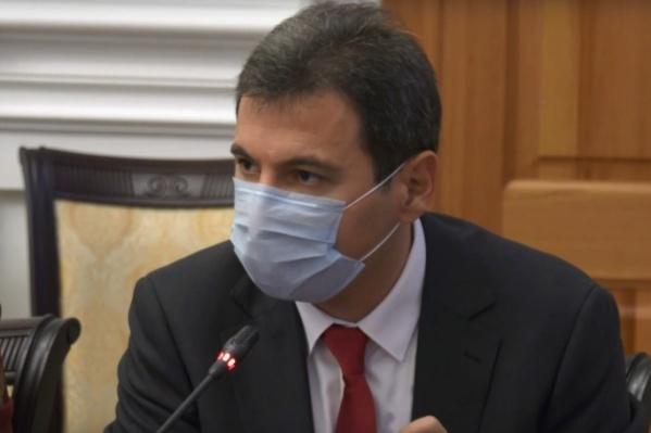Руководитель регионального Минздрава призывает следовать назначениям врачей