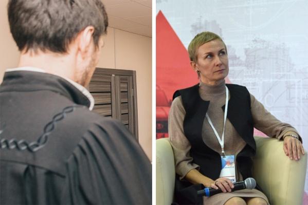 Светлане Ефимовой (справа) вменяют мошенничество