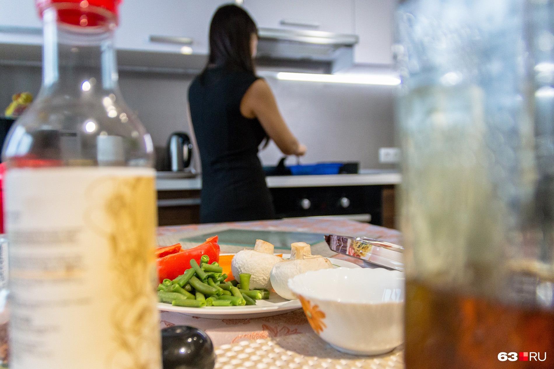 Откажетесь от еды — получите проблемы с нервами и лишним весом
