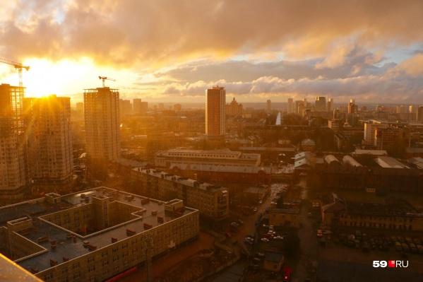 Этот тот момент, когда вчера Пермь окрасилась в золотой цвет