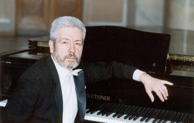 В Самаре скончался бывший главный дирижер Оперного театра