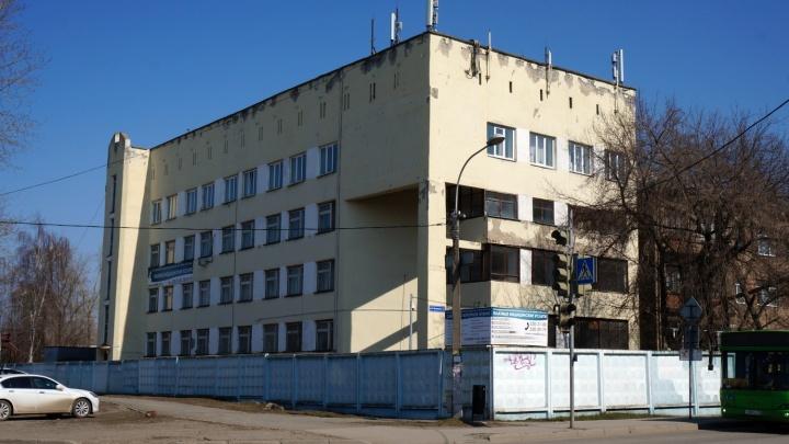 Вспышка коронавируса в пермской больнице РЖД: что рассказывают родственники заболевших
