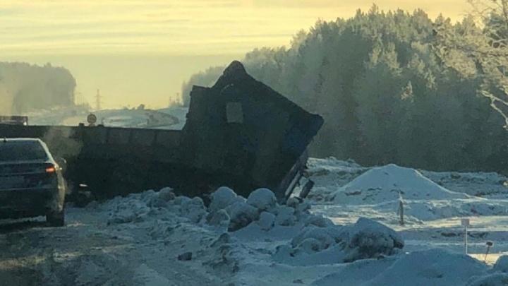Под Березниками в ДТП с большегрузом погибла 36-летняя женщина-водитель