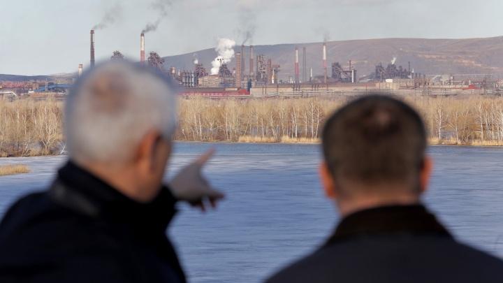 Минпромторг решил, каким заводам помогать в кризис. Деньги получат «Мир хобби» и «Тульская гармонь»