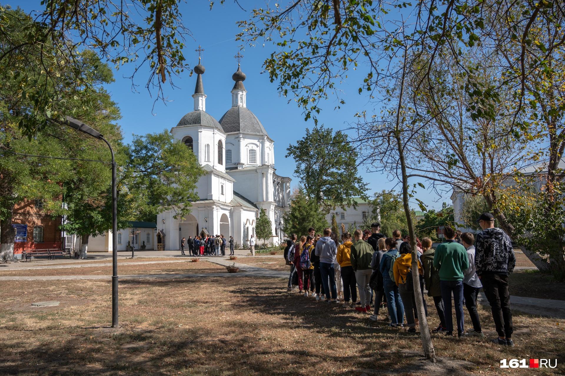 Экскурсии собираются в Донскую домовую церковь