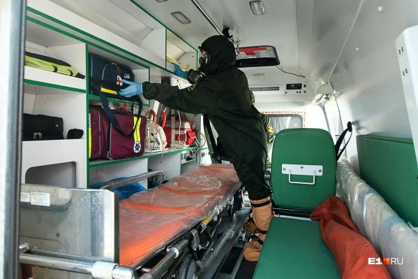 Все заведующие подстанциями скорой помощи вышли на работу в бригады