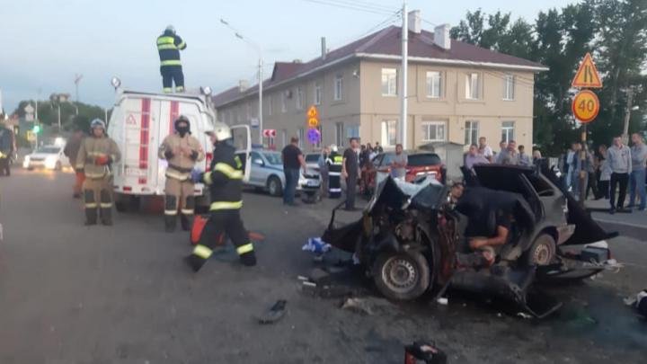 В массовом ДТП в центре Уфы погиб мужчина