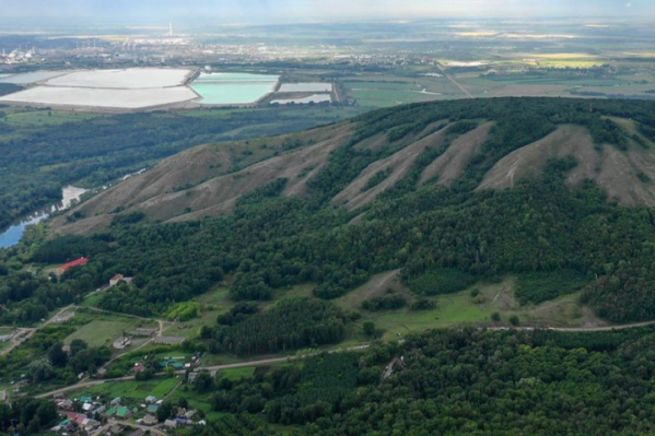 Как и мечтали экоактивисты, гору сохранят для потомков