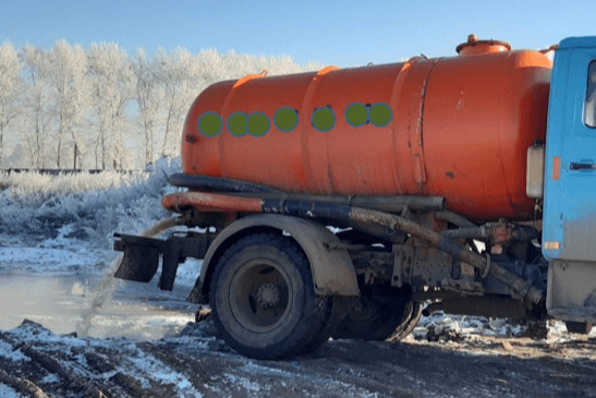 В Башкирии на полигон для мусора незаконно сливали отходы из канализации