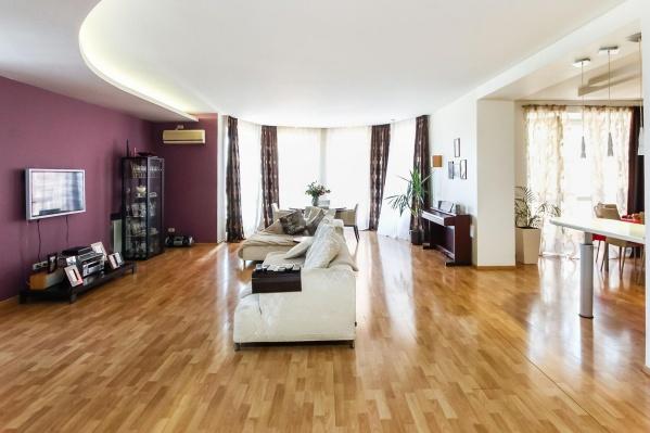 А как бы вы организовали пространство, если бы жили в такой большой квартире?