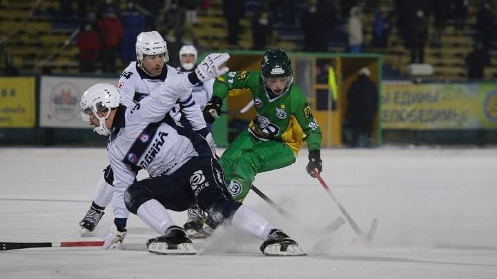 Архангельский «Водник» победил кировскую «Родину» в матче чемпионата России по хоккею с мячом
