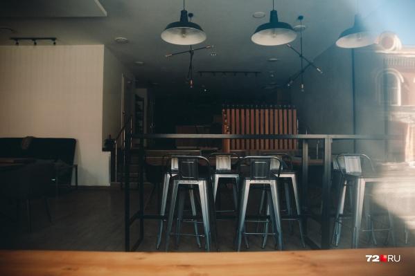 Ночным ресторанам и кафе можно будет работать по ночам только навынос. Иначе — штраф и закрытие