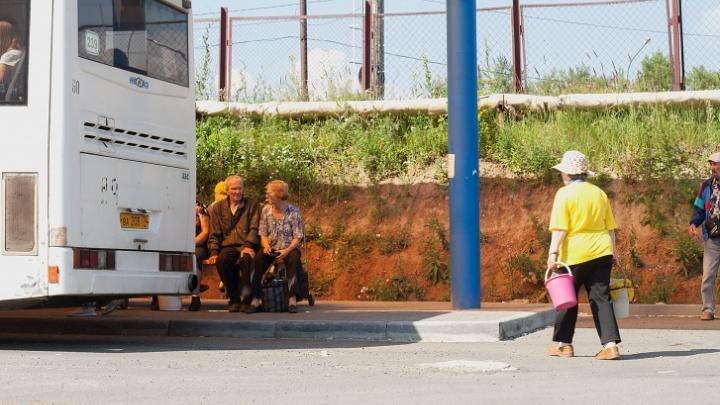 Южноуральцев, которые поедут в сады на общественном транспорте, не пустят без масок в автобусы