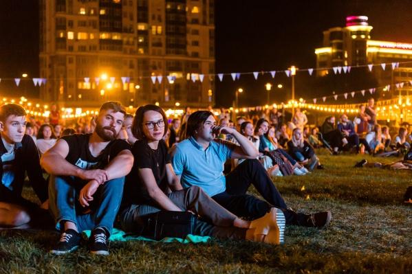 Кино в Волгограде не показывают 5,5 месяца