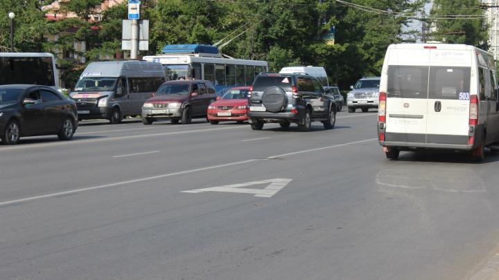 В Омске у метромоста появятся новые выделенные полосы для пассажирского транспорта