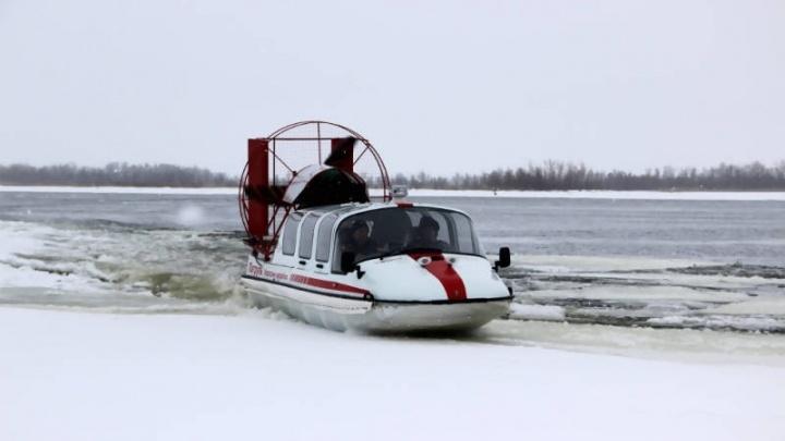 В Архангельске из-за сильного ветра отменили рейс аэросаней между Экономией и Реушеньгой