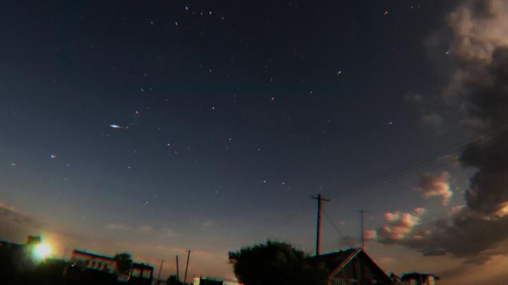 Астрономы ждут в небе над Омском по 110 метеоров в час