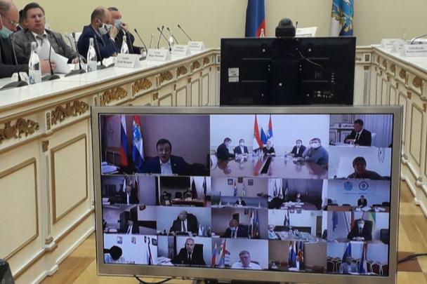 «Нет оправдания задержкам сроков»: в Самаре обсудили строительство соцобъектов