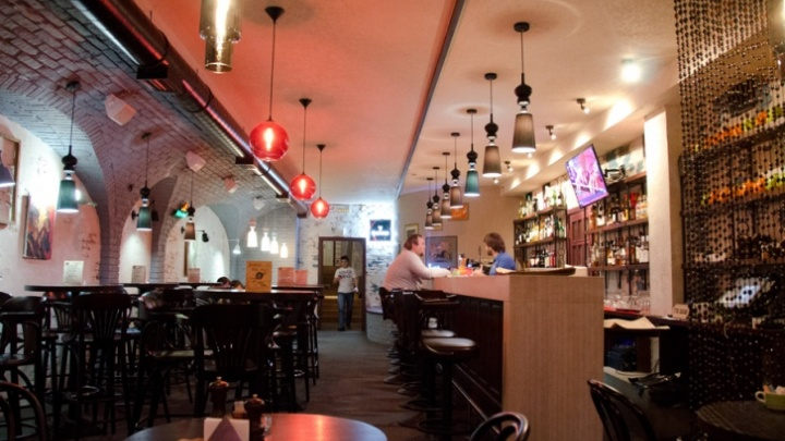 В баре «Нет проблем» объявили о закрытии