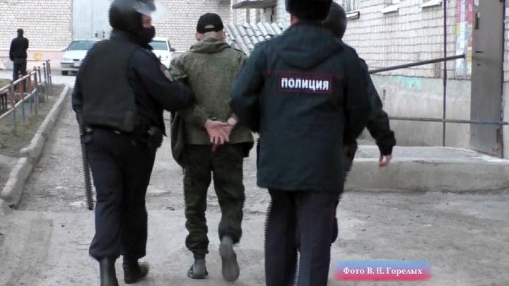 В Екатеринбурге крупный штраф получил мужчина, прописавший в своей квартире 111 мигрантов